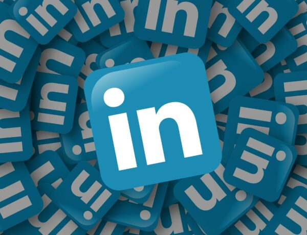 Benefits of being on LinkedIn