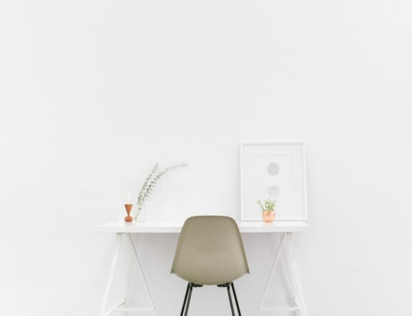 Best Accent Desks for Offices