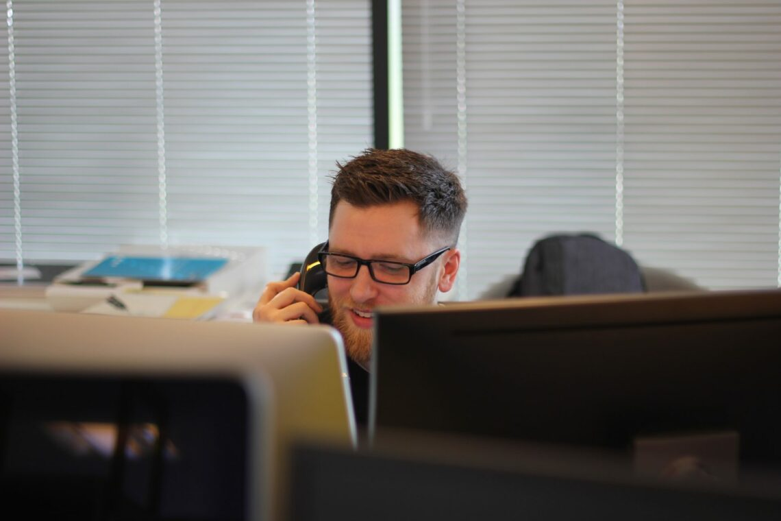 10 Customer Service Interview Questions